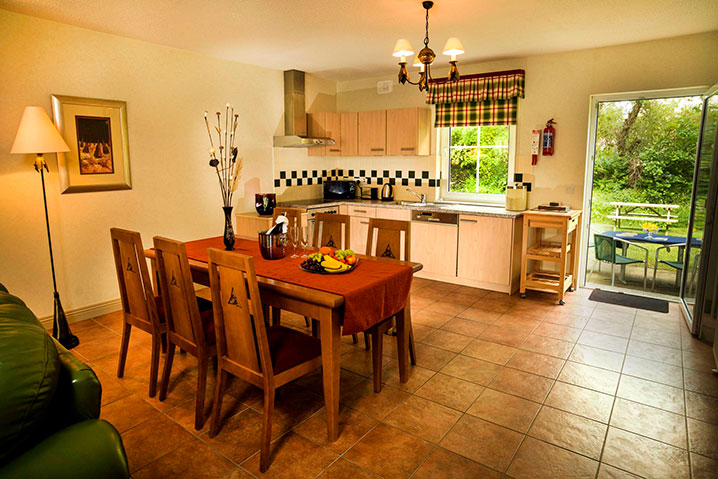 Forelands Holiday Houses Kitchen